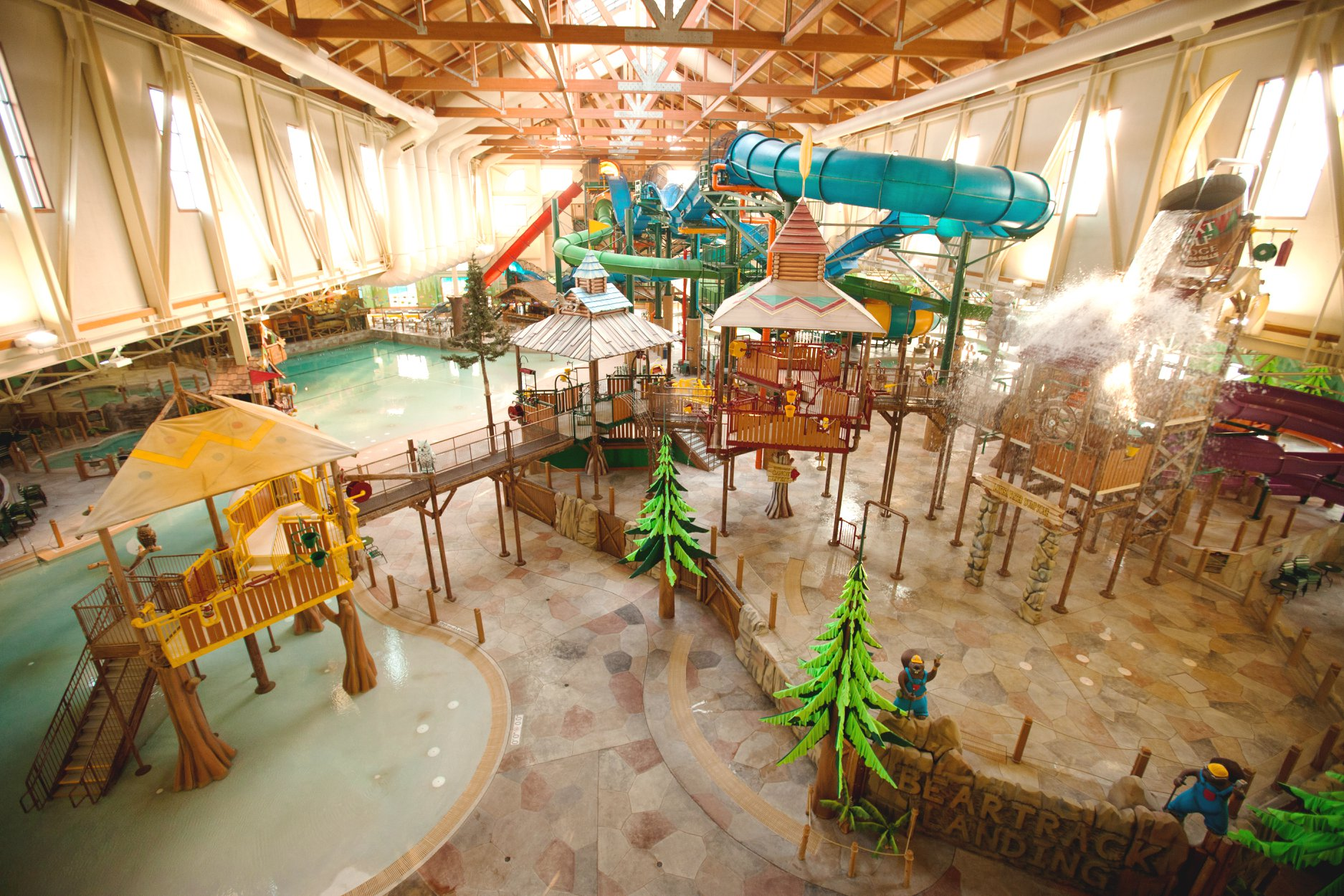 hotel with water park