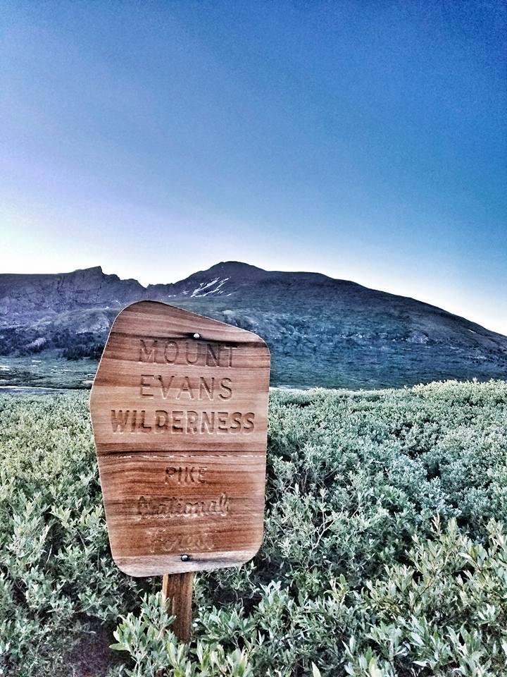 Mt Evans sign