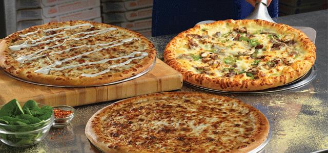 أنشأ في 1960، وتمتد جذورنا في خدمة توصيل البيتزا، بينما يأتي جزء من مبيعاتنا من الطلبات الخارجية والعملاء متناولي الطعام في المطعم. ويشتهر دومينوز بالريادة في مجال توصيل البيتزا. خبرتنا وشغفنا لتوصيل بيتزا طازجة الصنع جعلتنا نستحق العديد من الجوائز وولاء محبي البيتزا حول العالم. ويشتهر دومينوز في عمان ولديه جزء كبير في سوق البيتزا.