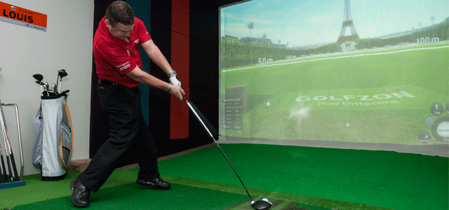 If you are looking for access to worldwide golf courses and high-tech driving ranges visit IPLANET GOLF at Gateway and play Pebble Beach, St. Andrews or Mission Hills using real golf balls and clubs. After the game, you will get a chance to entertain your family and friends or business partners in our fully licensed indoor golf recreational lounge.