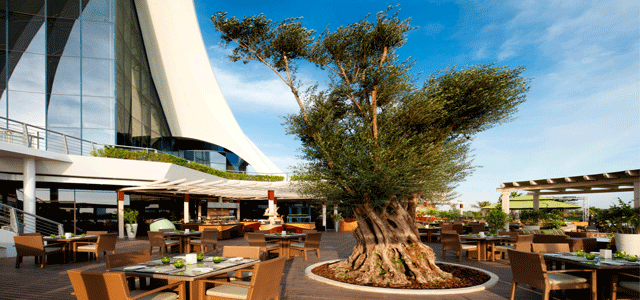 Located in the heart of the iconic clubhouse at Dubai Creek Golf & Yacht Club, the newly refurbished Lakeview offers all-day dining in a casual and sporty atmosphere. Choose from inside seating where you can catch the latest sporting action live or relax outside on the terrace and enjoy spectacular views of the Dubai Creek, skyline and pristine golf course along with live entertainment.