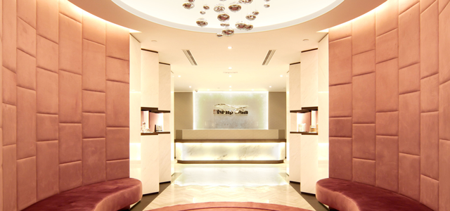 Phillip Wain Group has opened eight women's luxury fitness clubhouses in the Asia-Pacific region with a comprehensive range of gym facilities and various types of group and individuals lessons taught by personal trainers. Advanced facials, slimming, massages, spas and nail services are also available. In order to satisfy all of their member's needs, they ensure that they have professional consultants, nutritionists, beauticians and fitness trainers stationed at each of their clubhouses where mem
