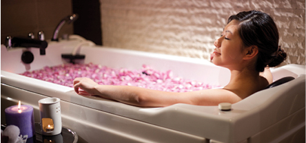 At Phillip Wain, they believe that a healthy and balanced lifestyle is the key to total wellness and beauty. Fully equipped with state-of-the-art equipment they offer advanced facial, massage, slimming and spa treatments.