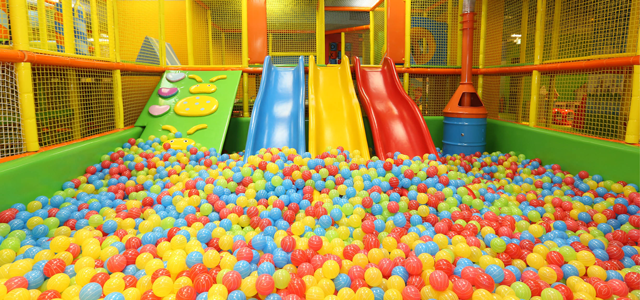 Play House is the major provider of indoor playgrounds for children and the ultimate locations for parties in Hong Kong. They currently operate 5 indoor playgrounds all over Hong Kong, including Domain in Yau Tong, Metropole in North Point, Yuen Long Landmark in Yuen Long, Spot in Sheung Shui and Whampoa Garden in Hung Hom.