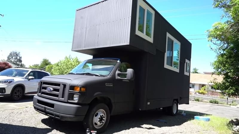 Extended Roof Moving Truck Rv Conversion