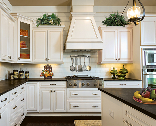KITCHEN - MONTEREY MAPLE GLACIER PEWTER