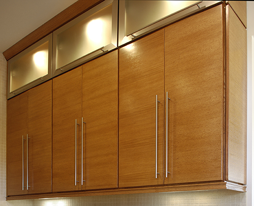 PANTRY - METAL HORIZONTAL DOORS WITH SATIN GLASS