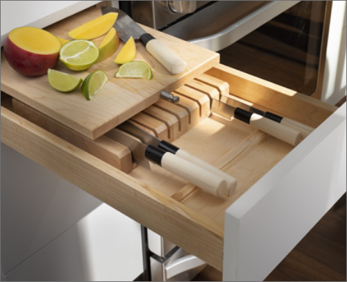 CABANA KITCHEN<br> This cutting board and knife drawer allows any cook to feel at home and have all the needs necessary.