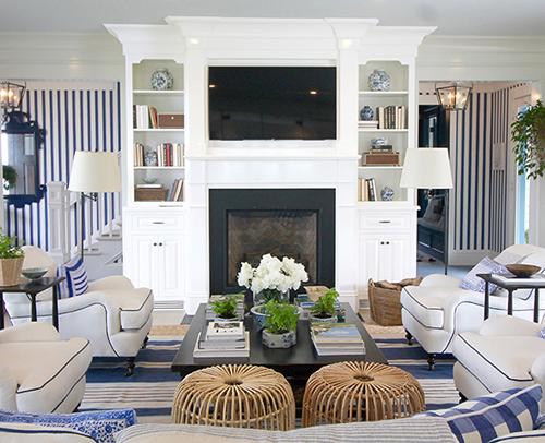 Living Room - Davenport Square Maple, Inset, Non-Beaded, in Wellborn
