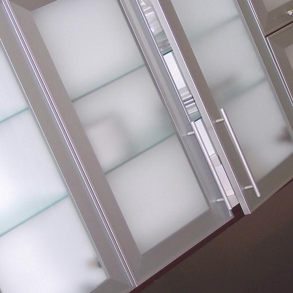 DECORATIVE METAL DOORS