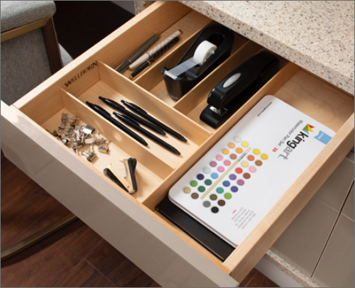 MASTER BEDROOM DESK<br> This cutlery divider gives organization a new name. It allows anyone to keep work life organized.