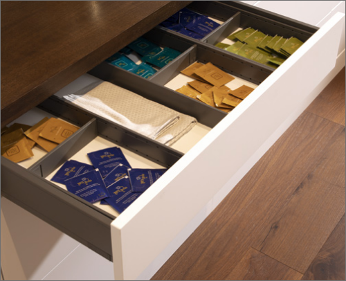 MORNING BAR<br> A superior Utensil Insert is a good options in keeping refreshments like tea bags neat and clean.