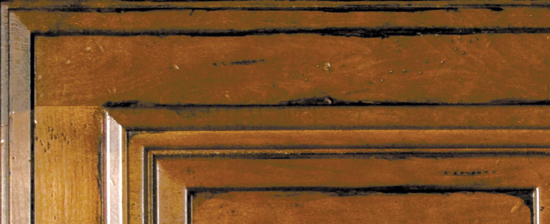 Corner of door showing Wellborn's Olde World Finish Technique
