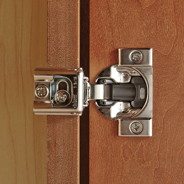 Six Way Adjustable Concealed Hinge