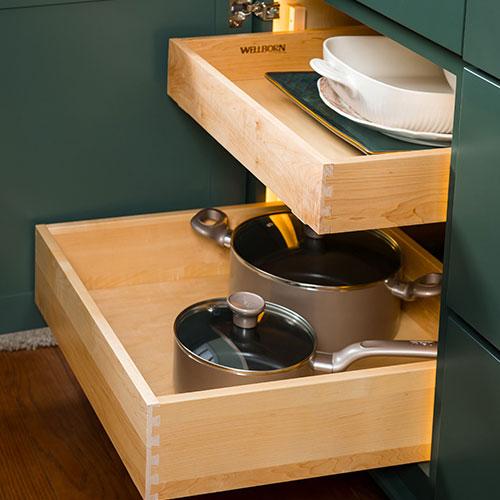 Roller shelves for kitchen cabinets