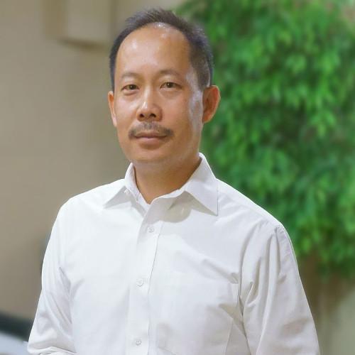 Dr. Salad Vang D.C.