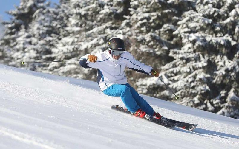 Season passholder skiing