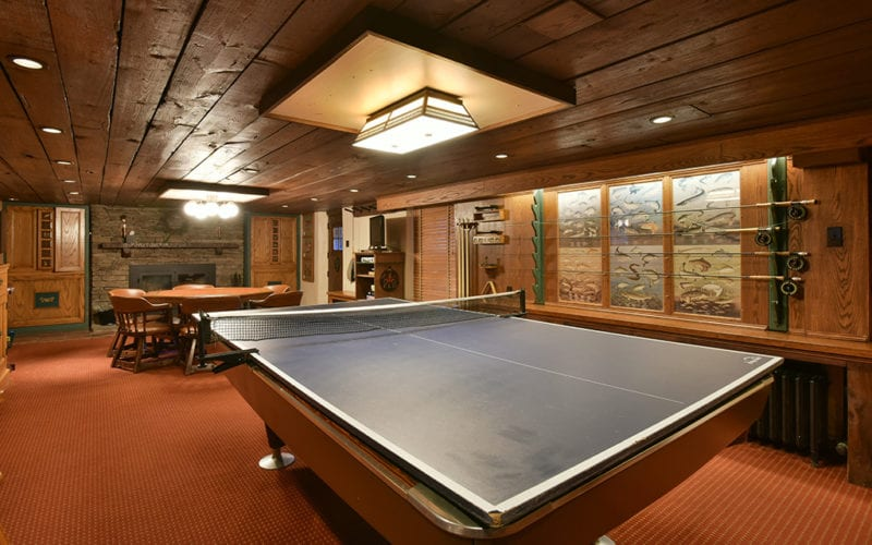 Fin n Feather Lodge Game Room