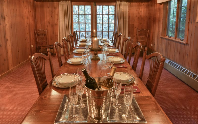 Fin n Feather Lodge Dining Room