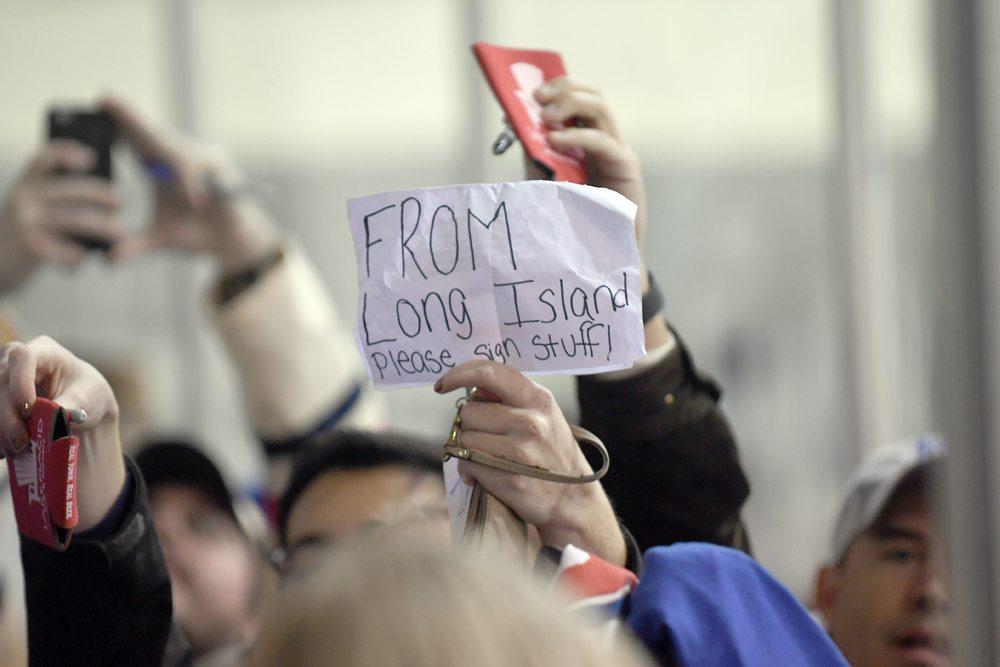 This sign says it all as fans wait for autographs following Monday s  Rangers practice in Lake Placid. (Enterprise photo — Lou Reuter) 10d4ec255