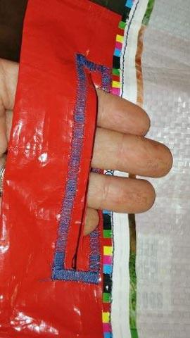 handles on feedbag