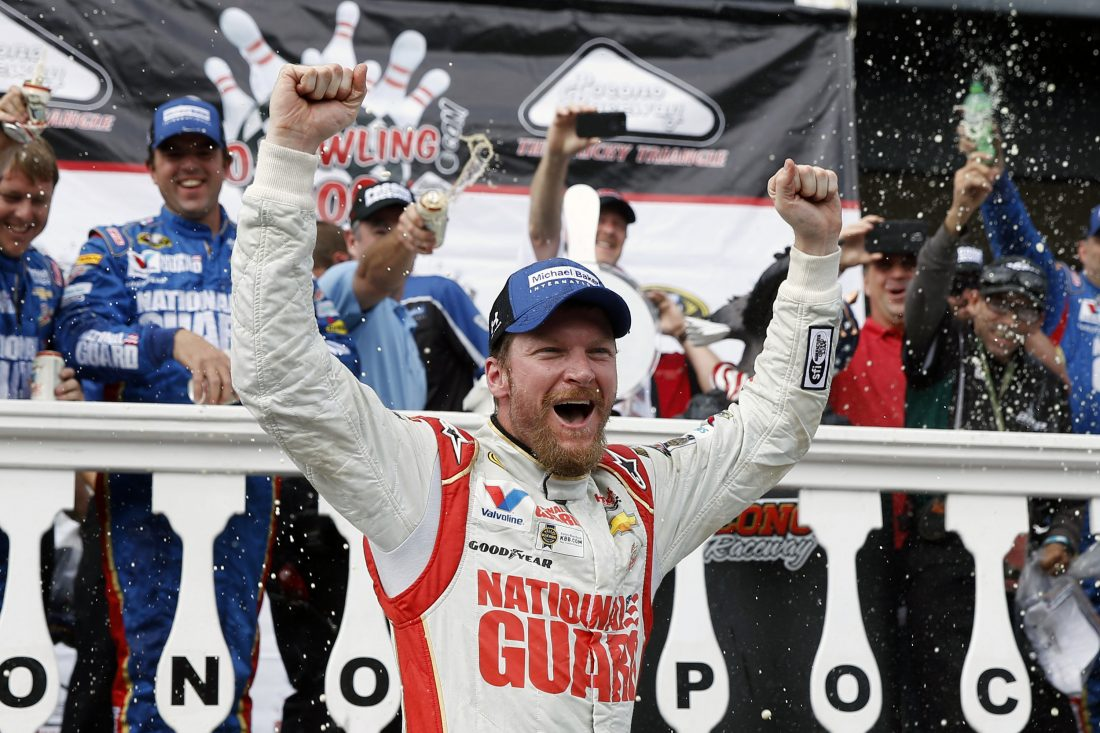 Dale Earnhardt Jr. headlines NASCAR Hall of Fame Class of 2021