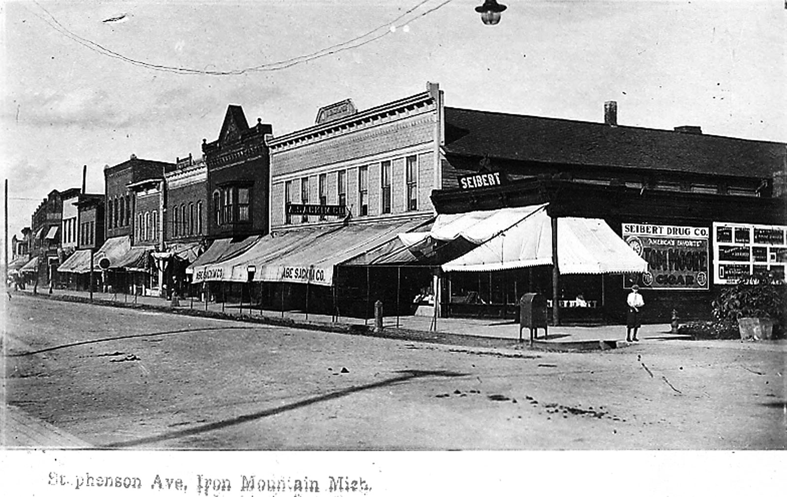 Montgomery Block housed early Iron Mountain businesses | News, Sports, Jobs - Iron Mountain Daily News