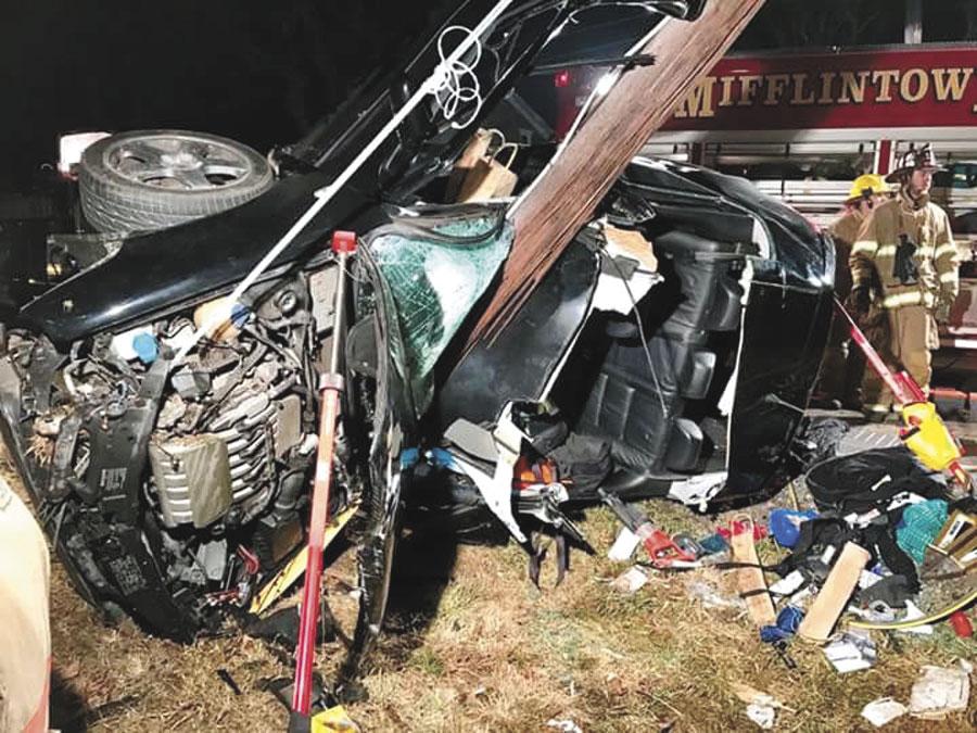 Car strikes pole | News, Sports, Jobs - The Sentinel