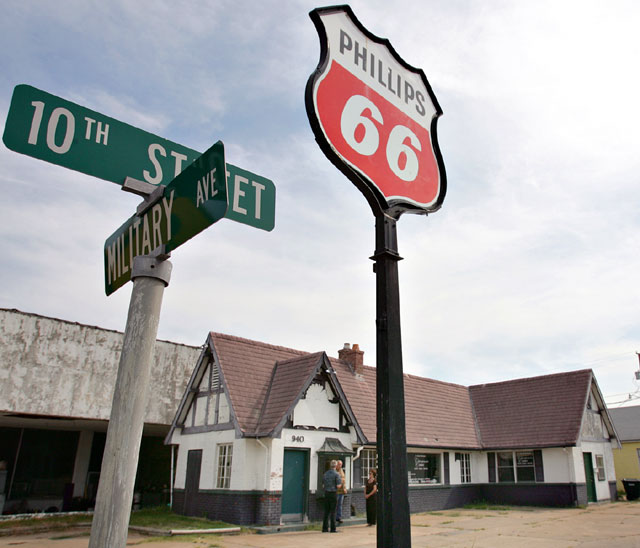 Historical Society gets grant to renovate gas station along
