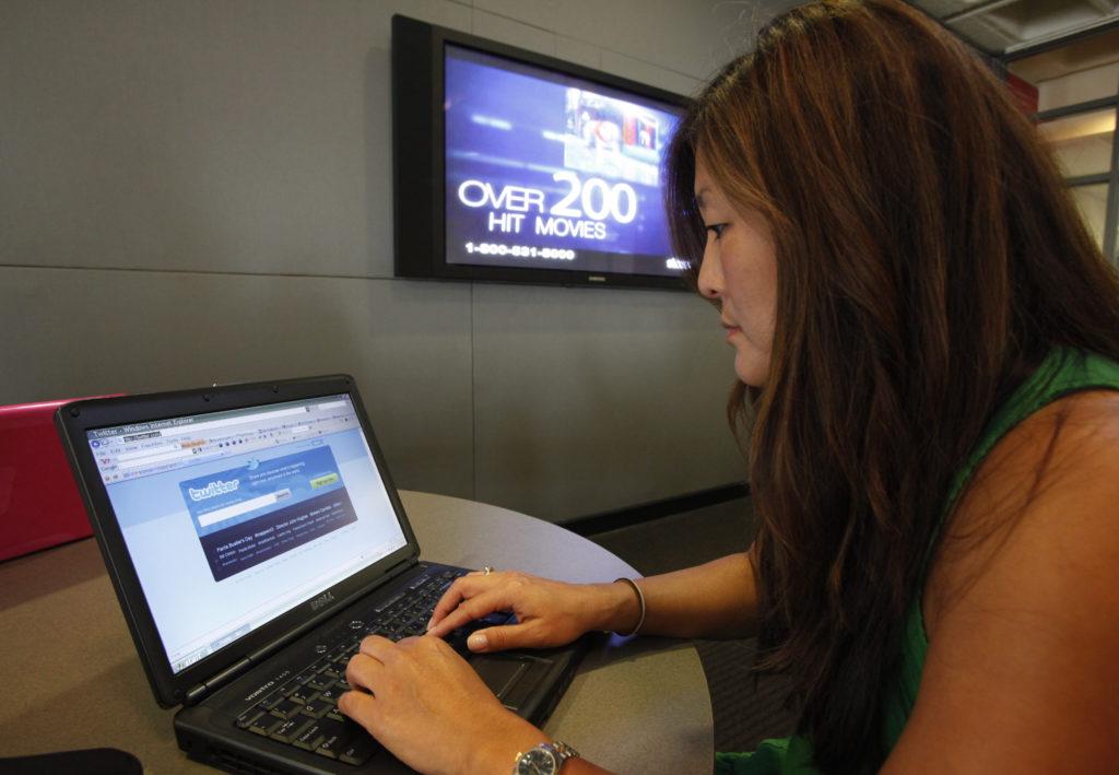 Attacks on lone blogger reverberate across Internet | News, Sports