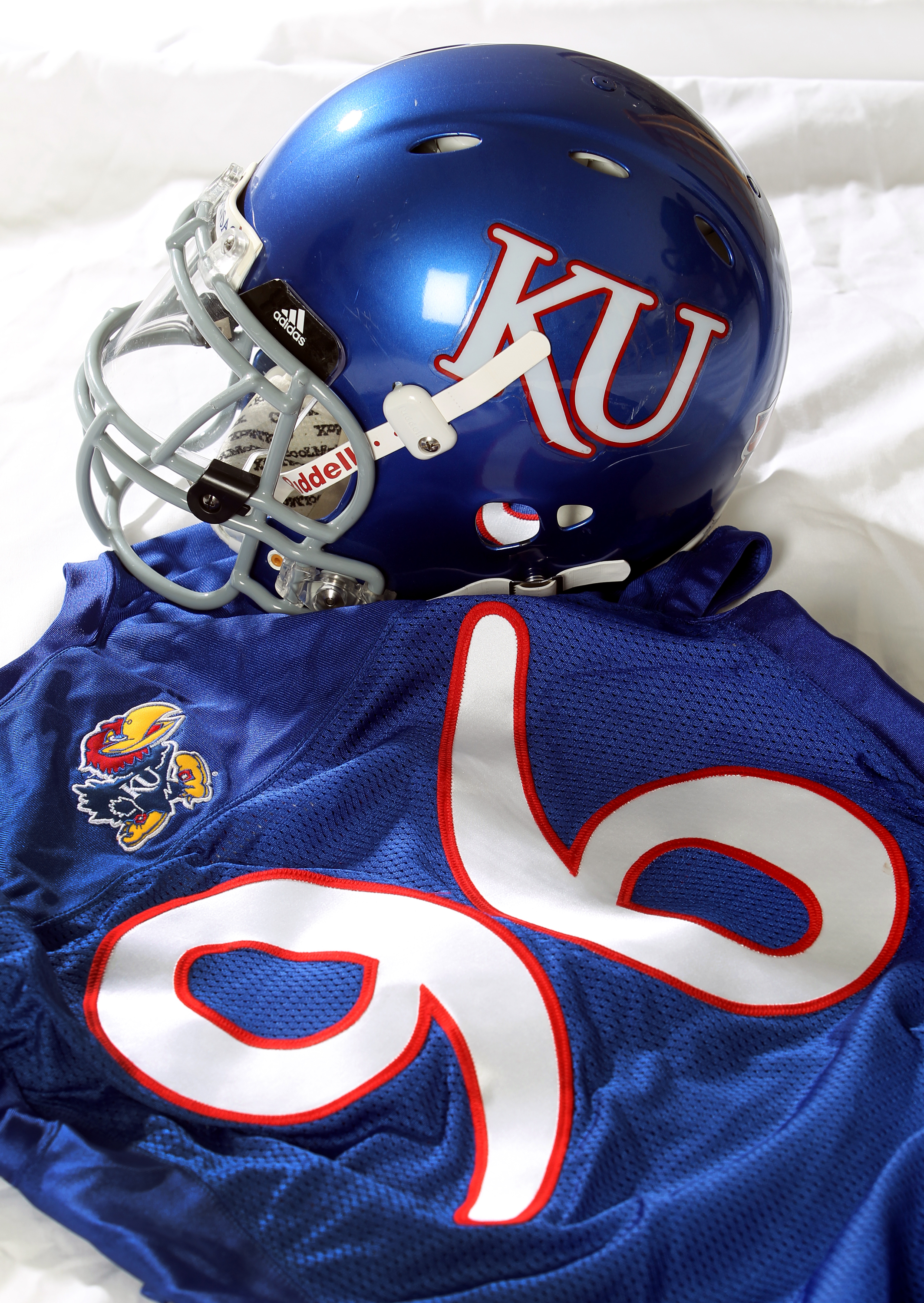 separation shoes 5ea69 dbc62 KU football uniforms to change in 2010 | News, Sports, Jobs ...