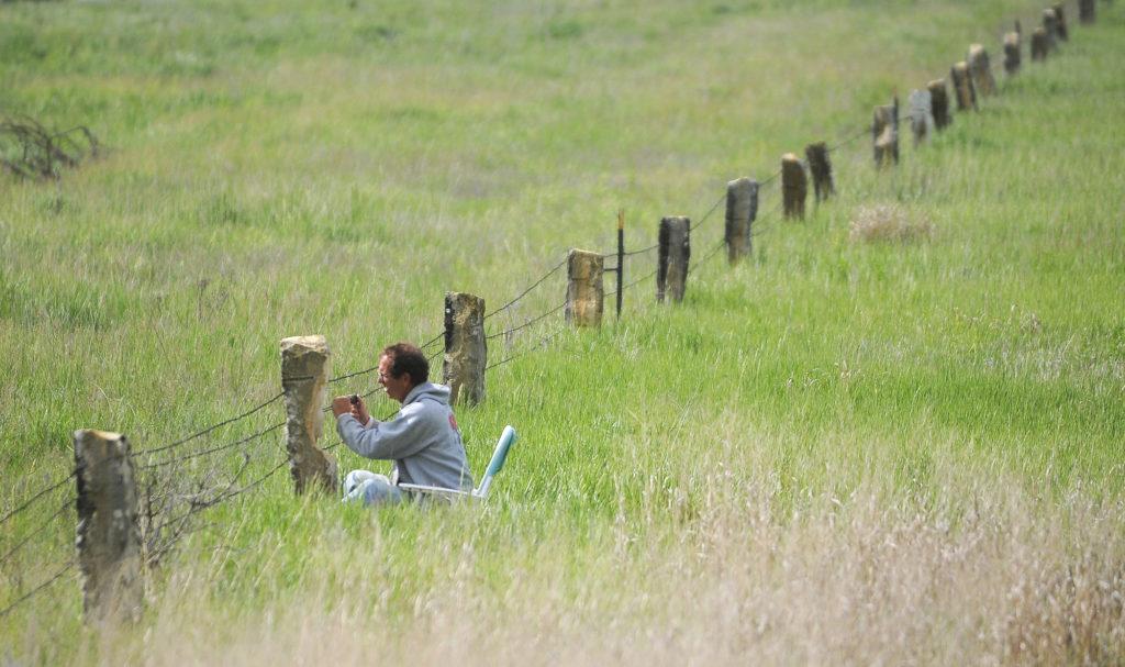 Limestone Fence Posts Are Sculptor S Medium News Sports