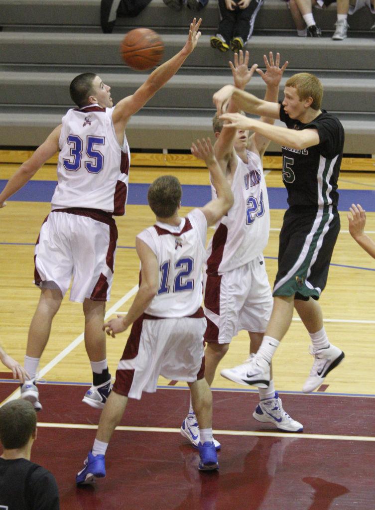 Senior Eric Watson helps FSHS boys basketball beat Seaman