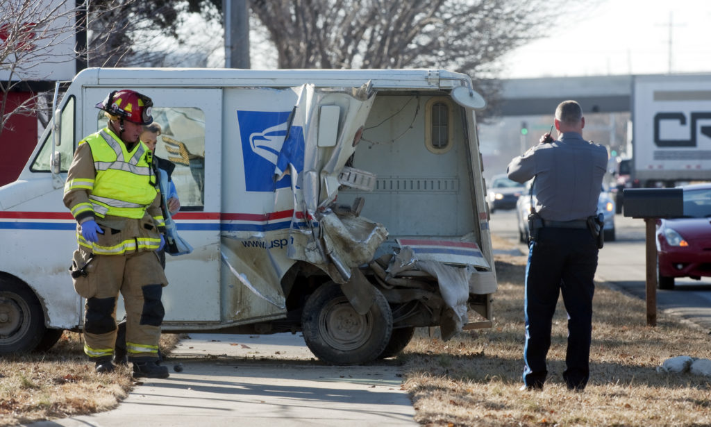Driver Of Postal Truck Sent To Hospital After Thursday Morning Accident News Sports Jobs Lawrence Journal