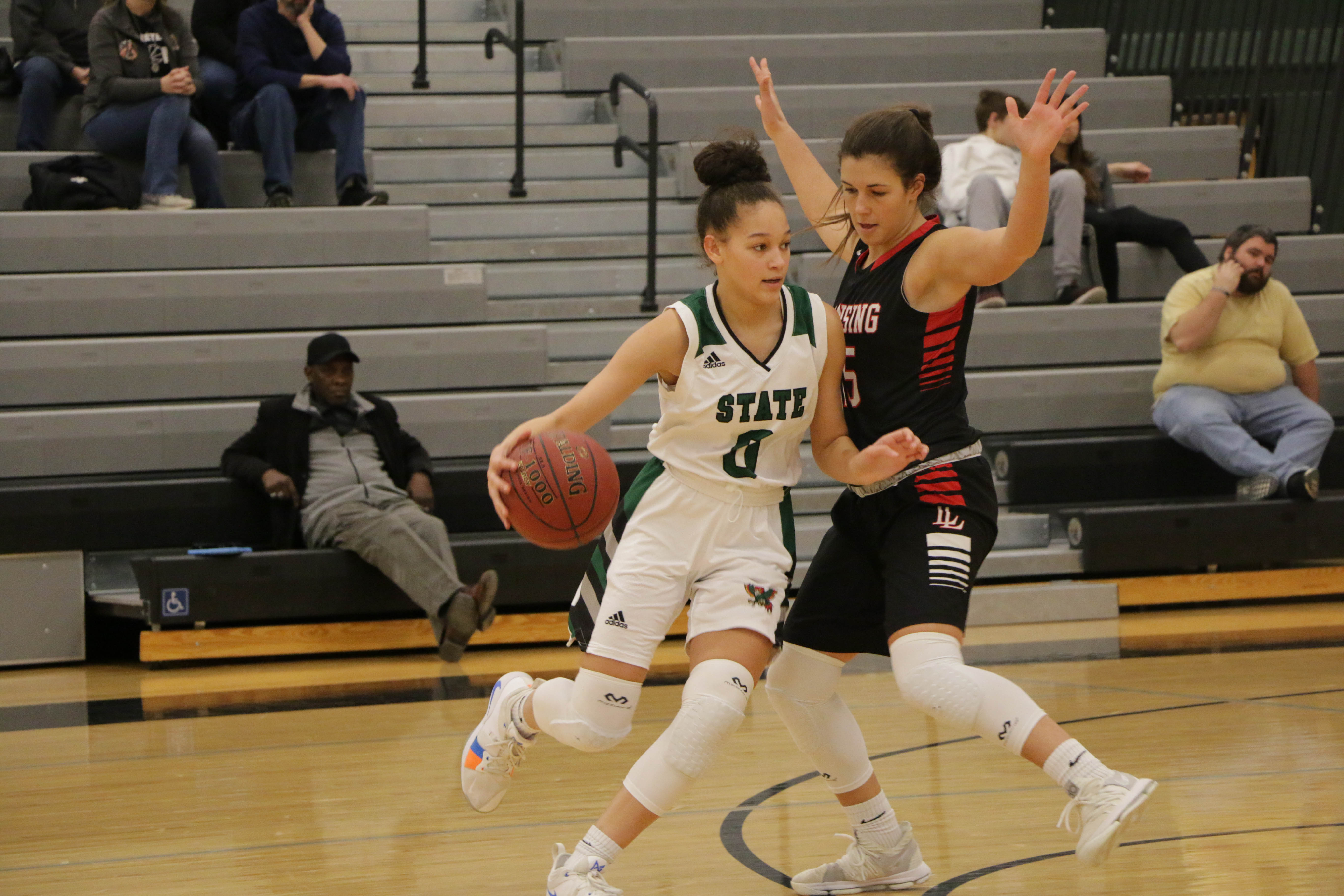 791d8364d78 FSHS girls hold off Lansing, Free State boys earn easy win   News, Sports,  Jobs - Lawrence Journal-World: news, information, headlines and events in  ...
