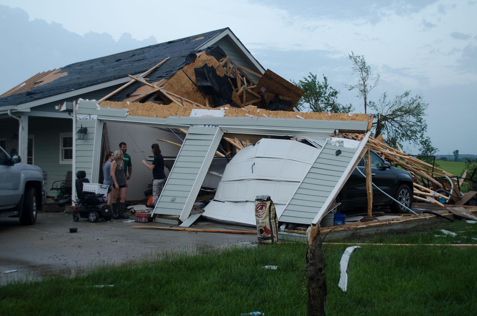 Amazing Damaging Tornado Passes Through Douglas County Destroying Home Interior And Landscaping Oversignezvosmurscom