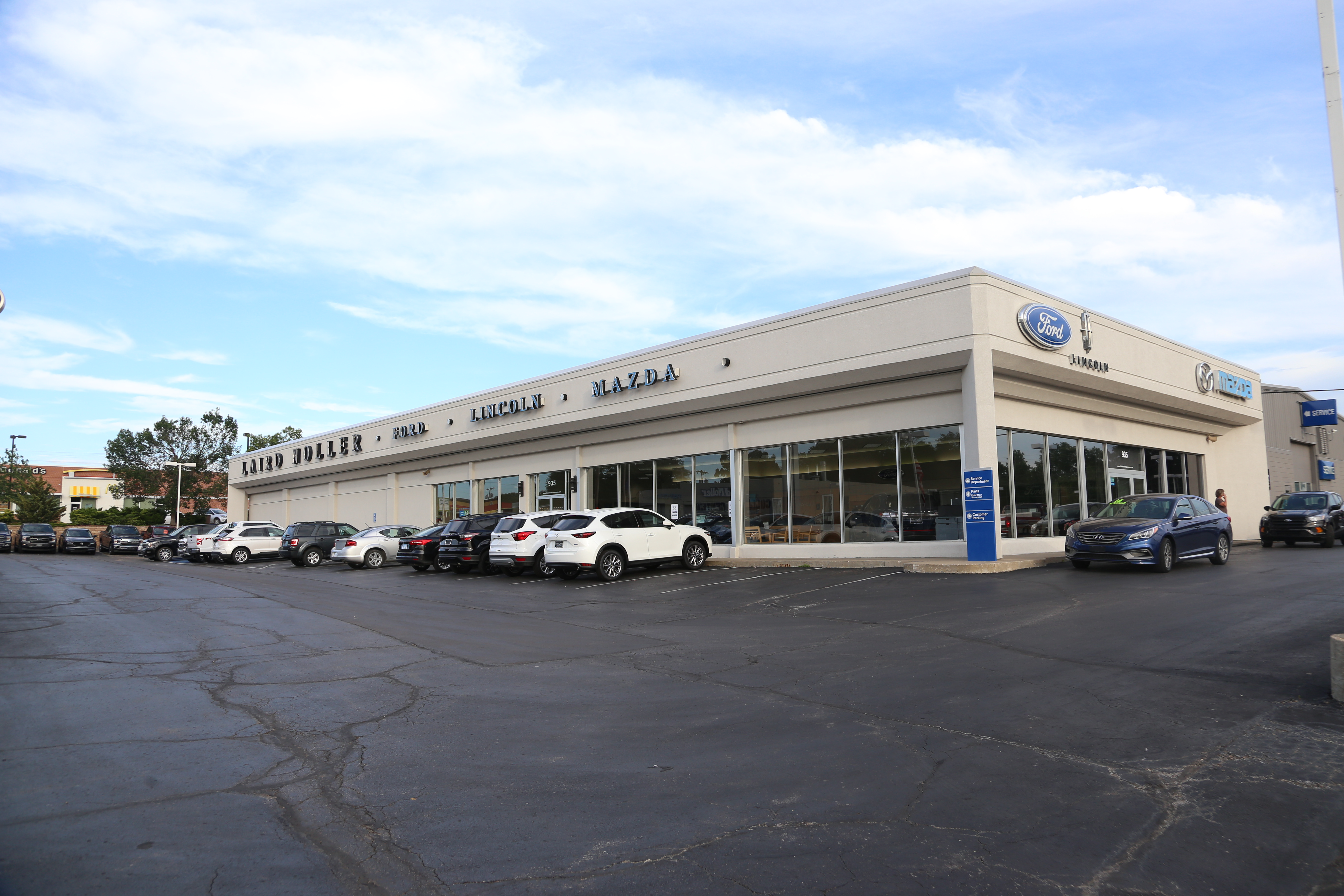 Peachy Town Talk Auto Dealer To Build New Showroom On 23Rd Street Download Free Architecture Designs Scobabritishbridgeorg