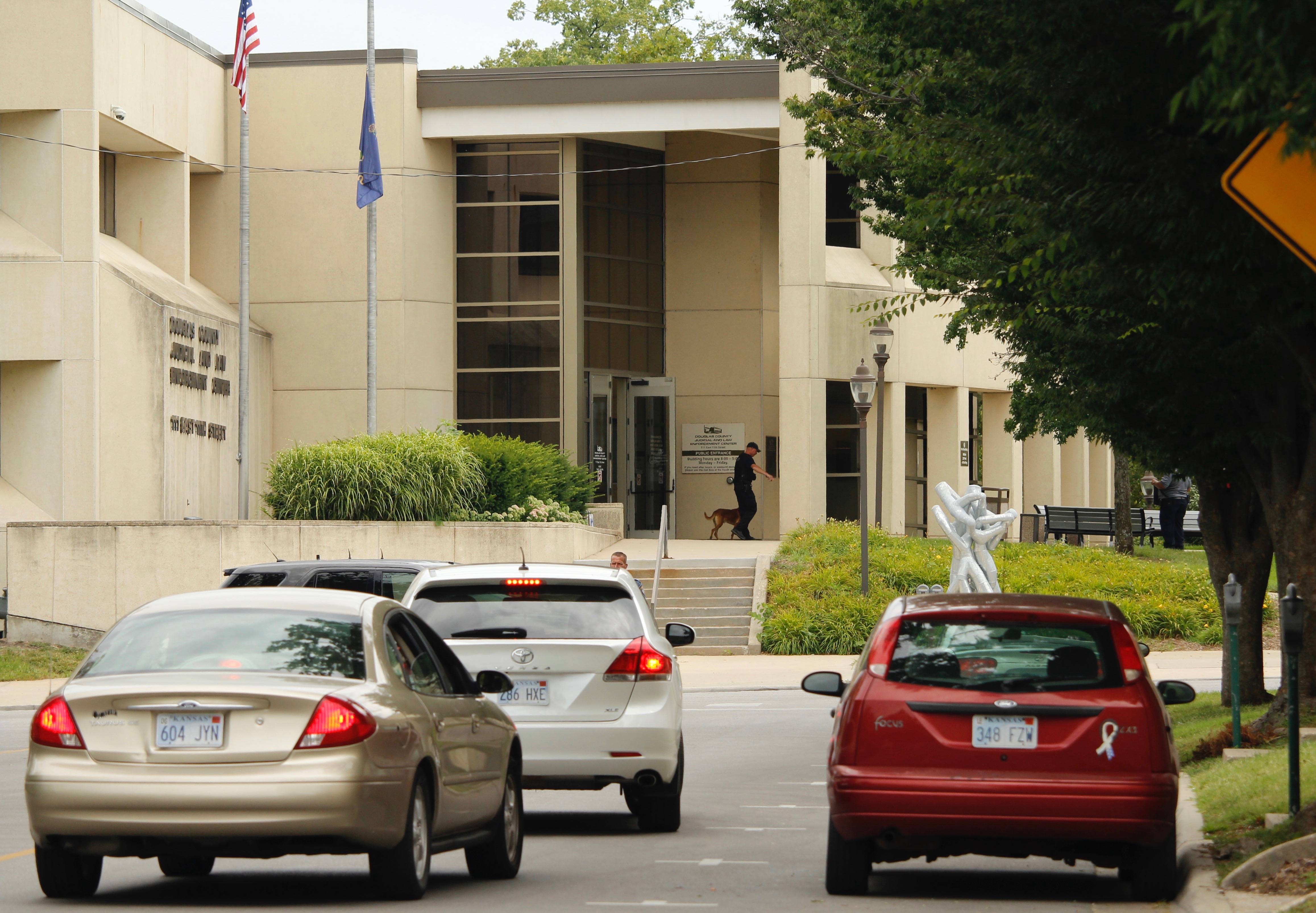 Bomb threat deemed not credible after search of Douglas