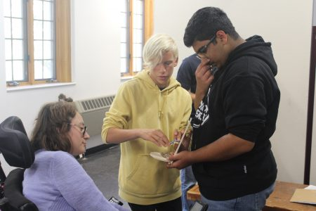 Students With Special Needs Face Double >> Summer Stem Camp Challenges Students To Design Products For People