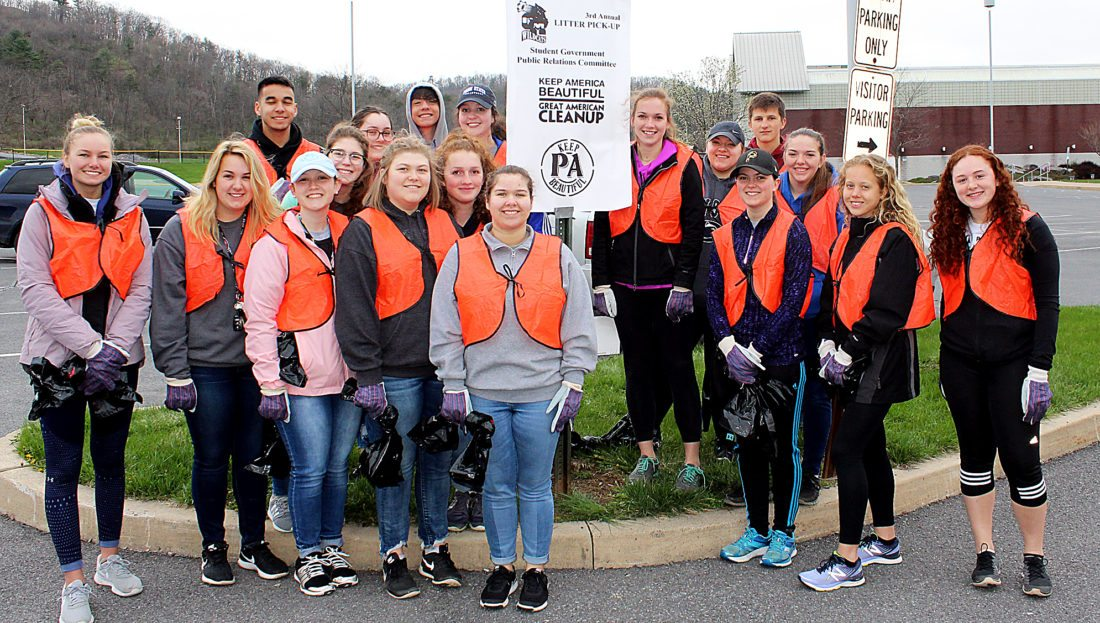 CM students do their part to keep Pennnsylvania beautiful