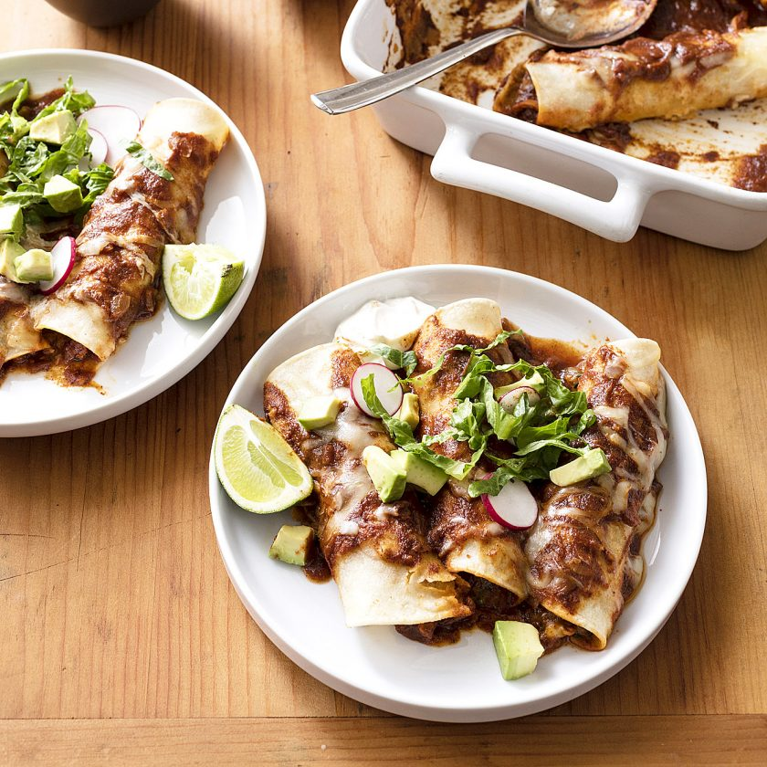 Peachy For More Streamlined Chicken Enchiladas Use A Slow Cooker Home Remodeling Inspirations Propsscottssportslandcom