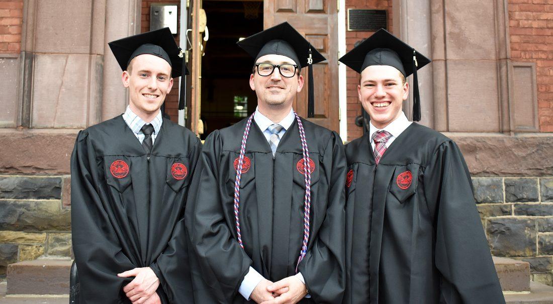 125 LHU Grads Earn Master's Degree