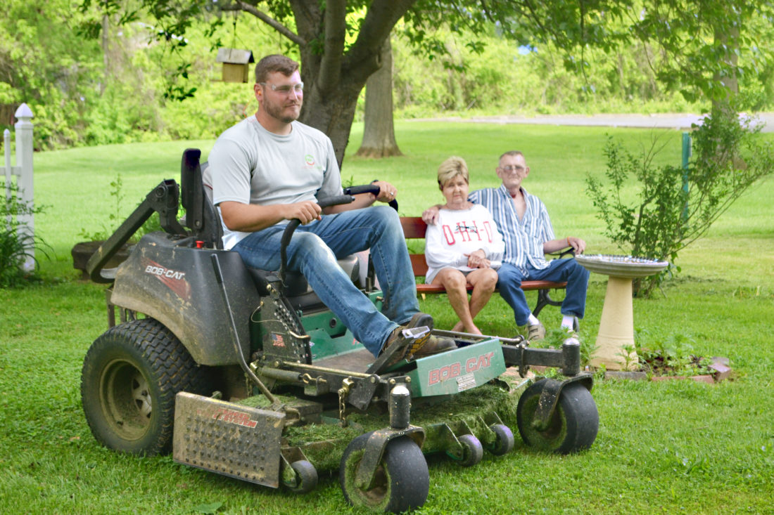Landscaper offers services to veteran in need | News, Sports, Jobs