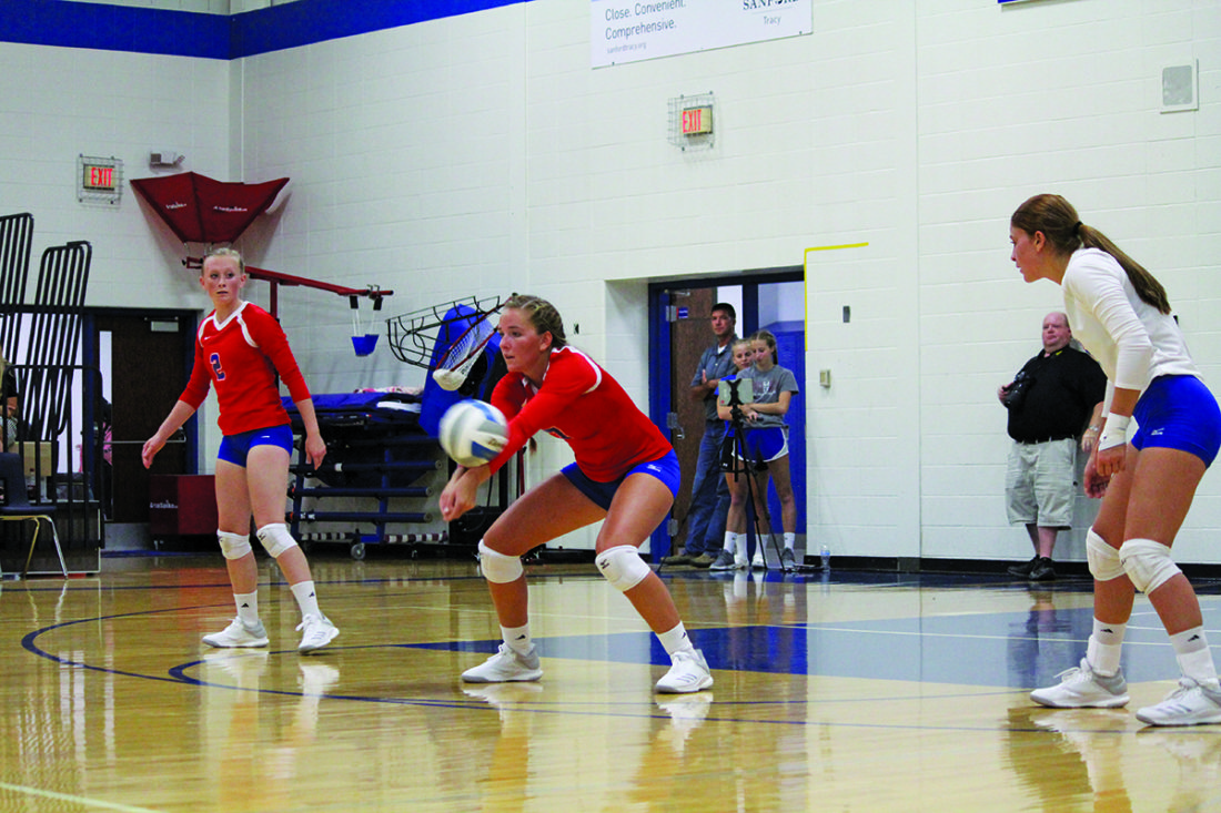 PREP VOLLEYBALL: Panthers fall in season opener to Windom