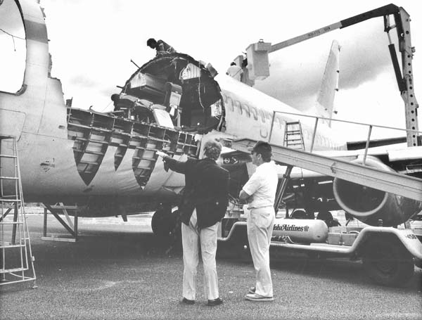 Aloha Airlines Flt 243 30 Years Later Recalling Terror