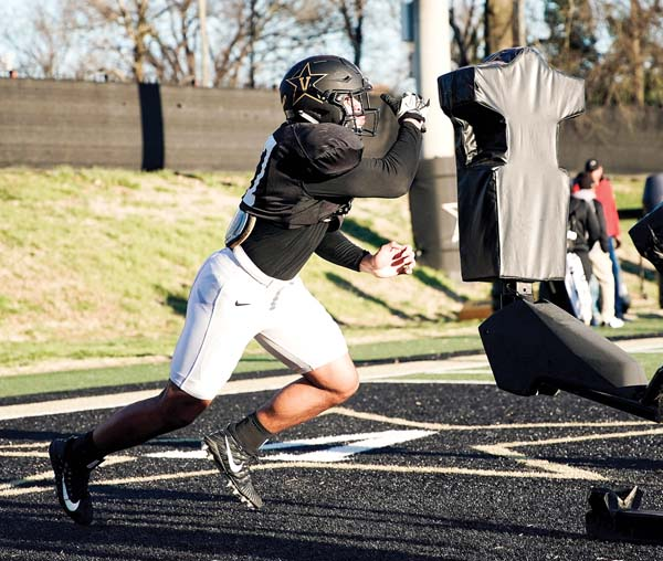Vanderbilt University Jobs >> Afemui Making Strides At Vanderbilt News Sports Jobs