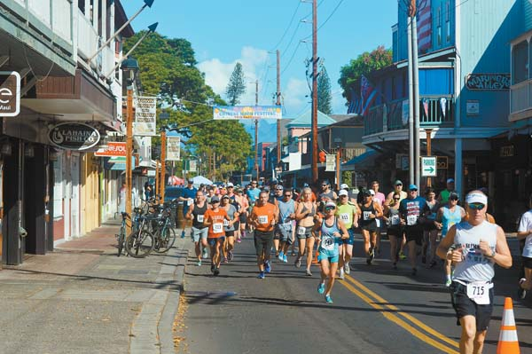 Runners take to Front Street