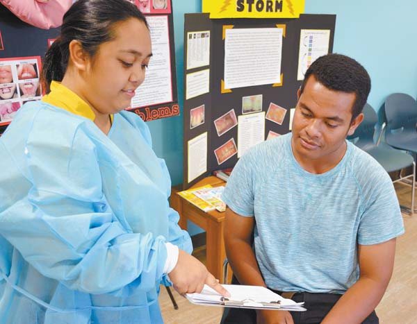 Mauians Train To Aid During Pandemic News Sports Jobs Maui News