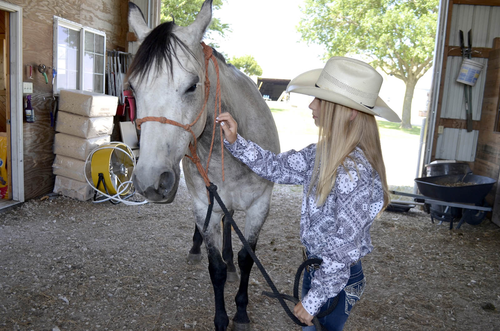 Young Fd Girl Competes At National Rodeo News Sports
