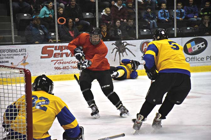 Hockey For A Cause Pig N Heat Proves To Be A Fun Night For All News